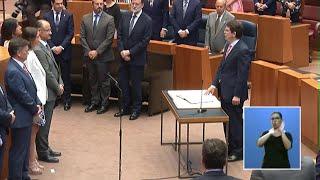 Mañueco toma posesión como presidente de la Junta