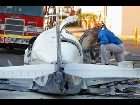 fatal plane crash in san diego costco parking lot youtube. Black Bedroom Furniture Sets. Home Design Ideas