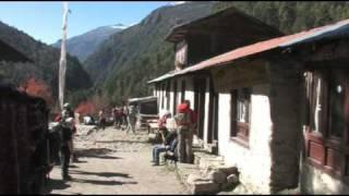 Nepal Trekking - Namche Bazaar to Tengboche