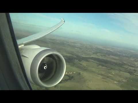 Super impressive GEnx powered United Boeing 787-9 Take off & Climb