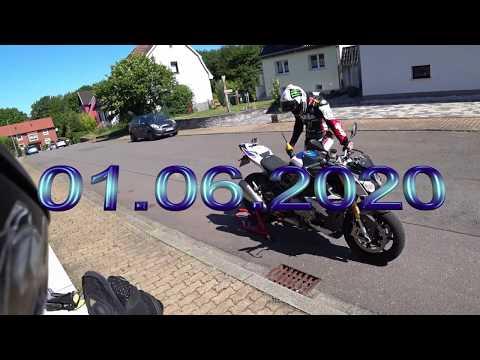 Выходной мотоциклиста в обычном режиме. И отжиг на заднем колесе от Серёги