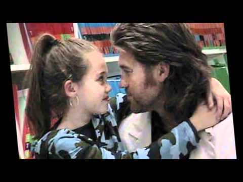 miley cyrus and family photos