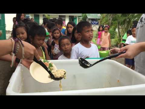 Feeding the children of Tacloban, Philippines