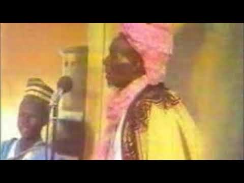 Musa Dankwairo   Sarkin Kano Alhaji Ado Bayero