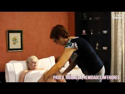 Cuidando al cuidador: La higiene personal en las personas mayores.