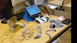 Reto Schölly - Roboterbau für Nichttechniker - Uni Freiburg