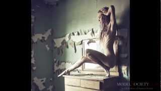 Nude Model Jenna Kellen and Donna Feldman Lasky of Shoot Bare Photography create Naked Beauty