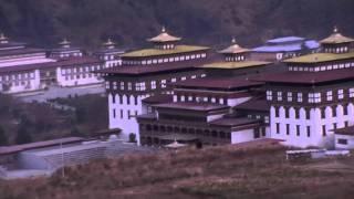 Дзонг в Бутане, в Тхимпху. Бутан - Королевство Счастья!(Дзонг в Королевстве Бутан. Дзонг — укреплённая крепость, в которой обычно размещается также администрация..., 2012-01-19T22:18:37.000Z)