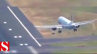 Fırtınaya Yakalanan Uçak Böyle Savruldu