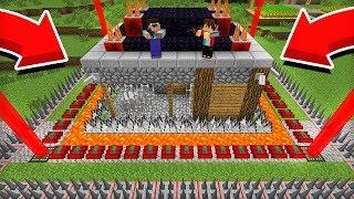 НУБ ДАК ПЛЕЙ ПОСТРОИЛ МНЕ САМЫЙ ЗАЩИЩЁННЫЙ ДОМ В МАЙНКРАФТ 100 ТРОЛЛИНГ ЛОВУШКА Minecraft