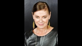 Watch Lisa Stansfield Down In The Depths video