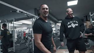 PADDY MCGUINNESS + EDDIE HALL + MARTYN FORD / LEGS