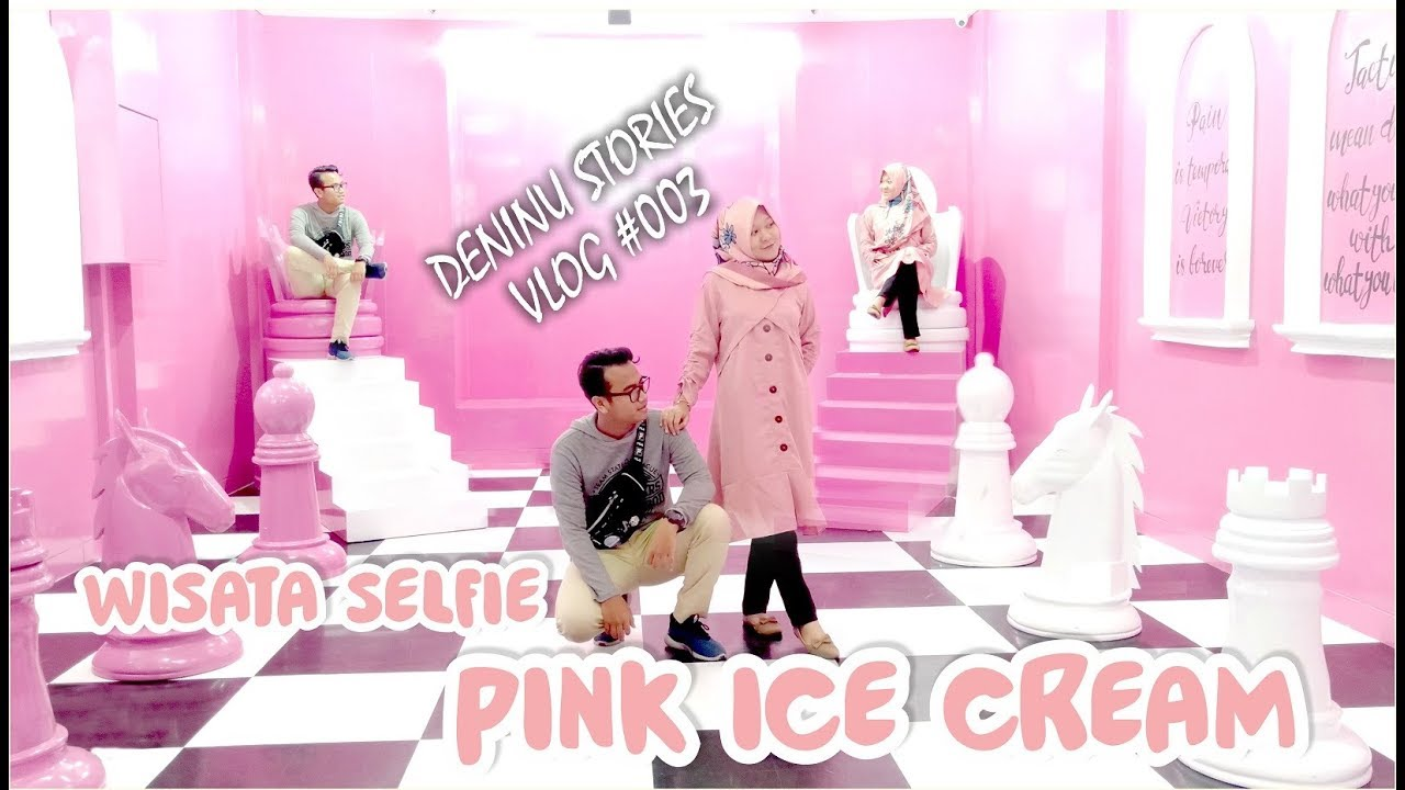Deninustories Wisata Selfie Pink Ice Cream Cirebon