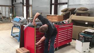 """Harbor Freight - UŠ General 44"""" Tool Box Questions Answered"""