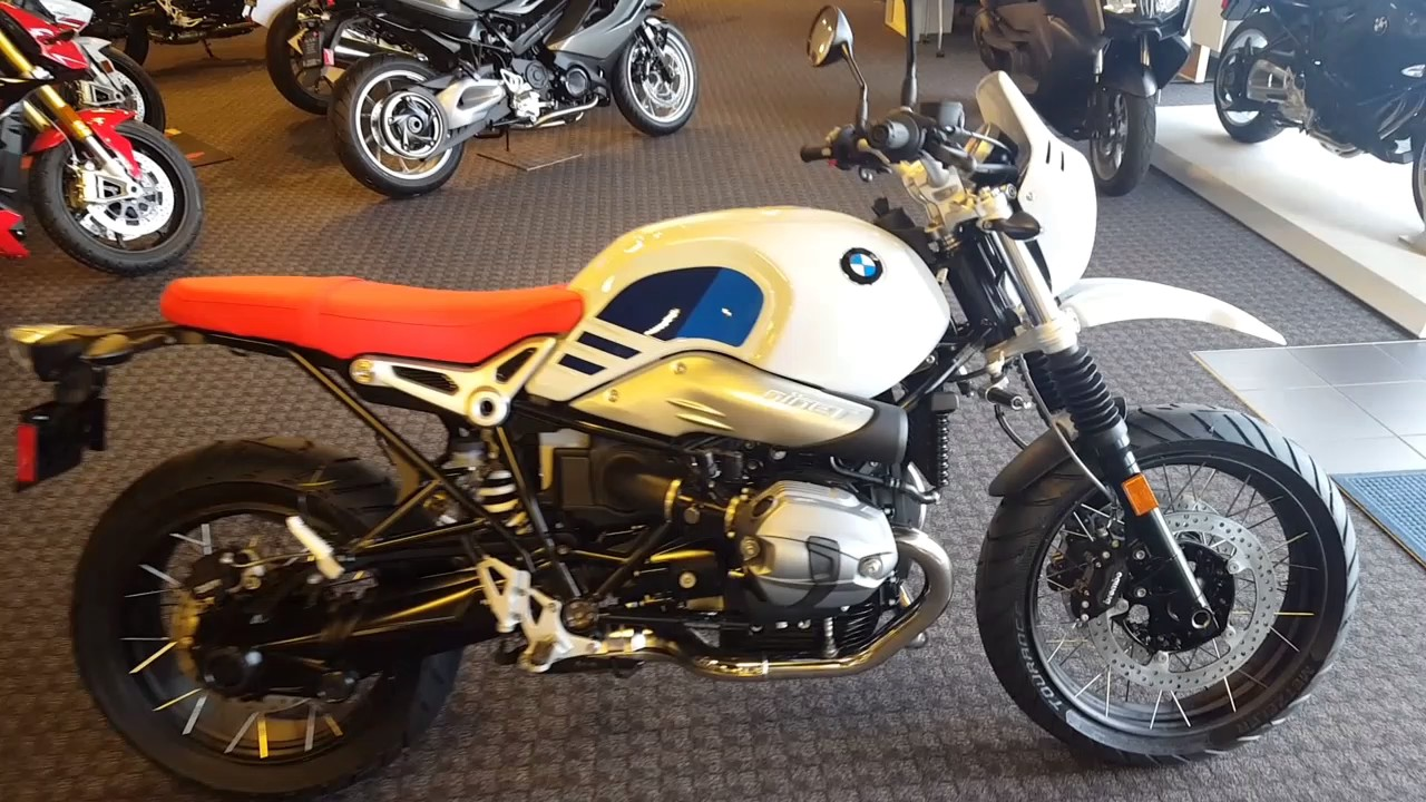 2018 bmw rninet urban gs in white uncrating and walk. Black Bedroom Furniture Sets. Home Design Ideas