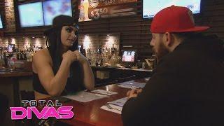 Paige gets unfriended: Total Divas, January 26, 2016