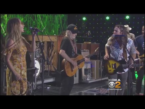 Willie Nelson, Dave Matthews, More Take Stage As Farm Aid Returns To Burgettstown