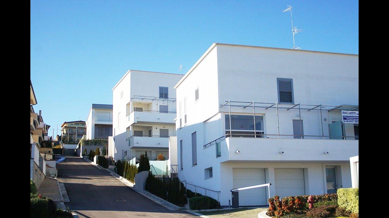 Appartamento di nuova costruzione con giardino for Mobilia arredamenti francavilla al mare