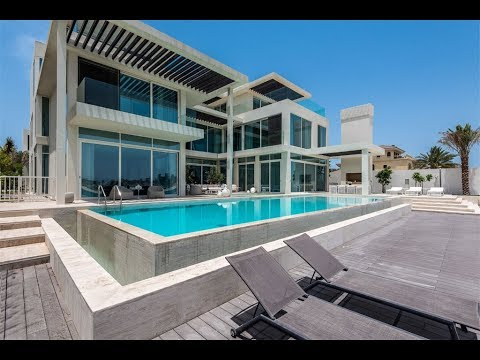 Modern Tip Villa in Palm Jumeriah, Dubai, United Arab Emirates