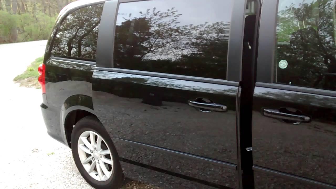 2016 Dodge Grand Caravan - Automatic Power Sliding Doors & 2016 Dodge Grand Caravan - Automatic Power Sliding Doors - YouTube