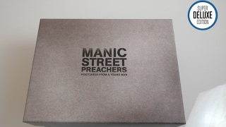 Manic Street Preachers / Postcards From A Young Man