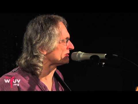 "Sonny Landreth - ""Cherry Ball Blues"" (Live At WFUV)"