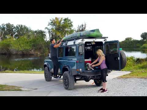 Restomod Land Rover Defender 110 In Arles Blue (Project Galena | D110) Mit V8-Power Von E.C.D.