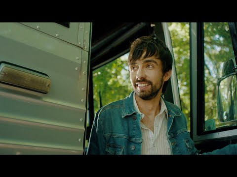 Mo-Pitney-Local-Honey-Official-Music-Video