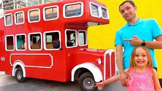 Die Räder am Bus - Deutsche Kinderlieder   Maya und Mary
