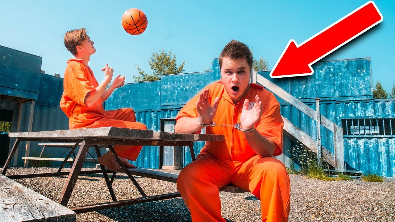 real-life-prison-escape-challenge-escaping-the-hacker-24-hour-challenge