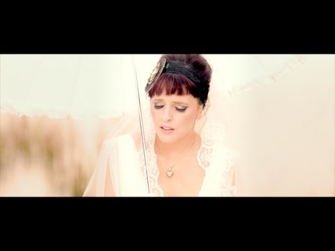 Julie Feeney - Just a Few Hours ** Official Music Video