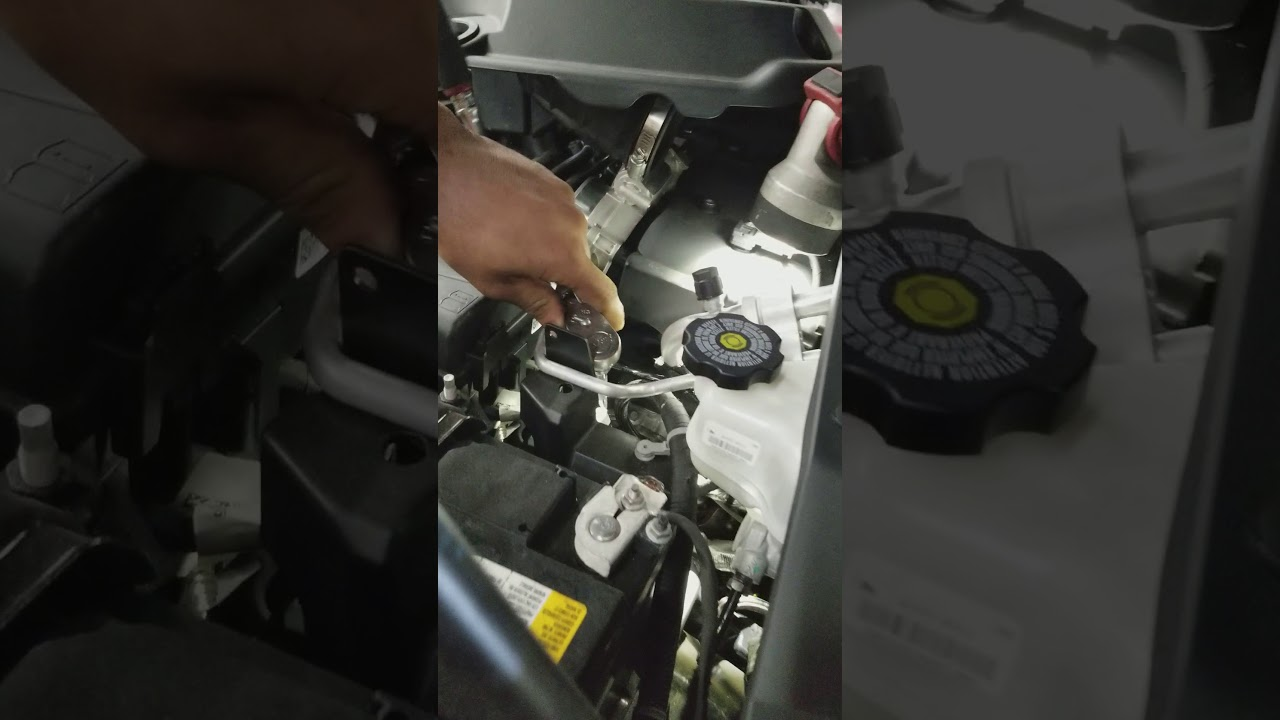 2018 chevy colorado oil filter location youtube wiring diagram in addition 2015 chevy colorado oil filter location [ 1280 x 720 Pixel ]
