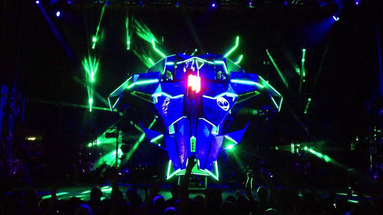 Let S Make A Spaceship Skrillex Mothership Tour