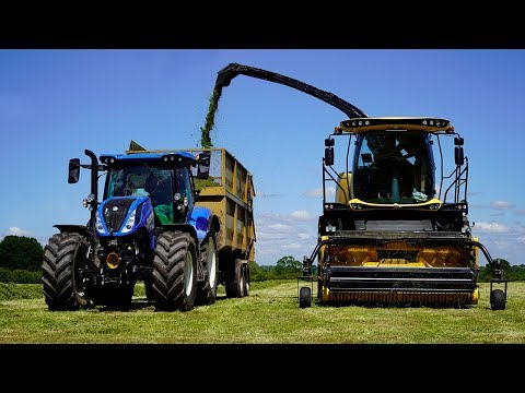 Silaging At Reaseheath College With Malpas Tractors And Kuhn UK