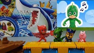 GIOCO OCCHIO ALLO SQUALO - I Pj Masks Super Pigiamini sfida Paw patrol e Peppa Pig , video per bimbi