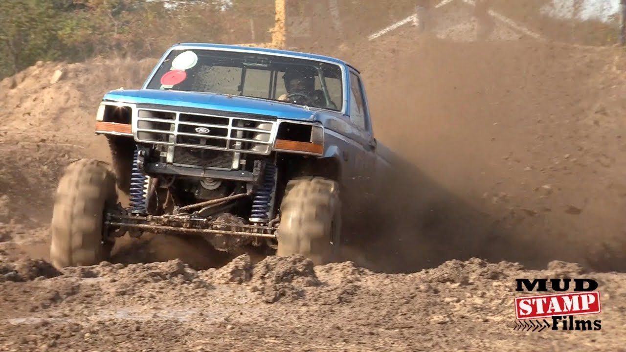 Mud Skimmers & Fast Trucks at Eagle Mud Bog