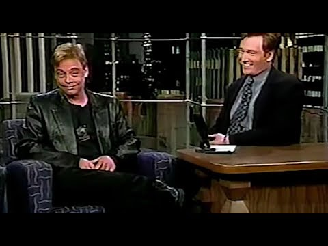 Mark Hamill impersonates Harrison Ford and Yoda on the Late Night Show Star Wars Interview 1997