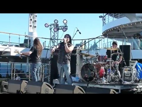 Black Knight's Castle featuring Joe Stump (Ritchie Blackmore Tribute) Axes & Anchors cruise (part 2)