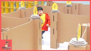 키즈 카페 미로 탈출 런닝맨 되다! 로기 미니의 미로 찾기 게임 도전 ♡ 어린이 놀이 시간 Running Man! Maze Challenge | 말이야와아이들 MariAndKids