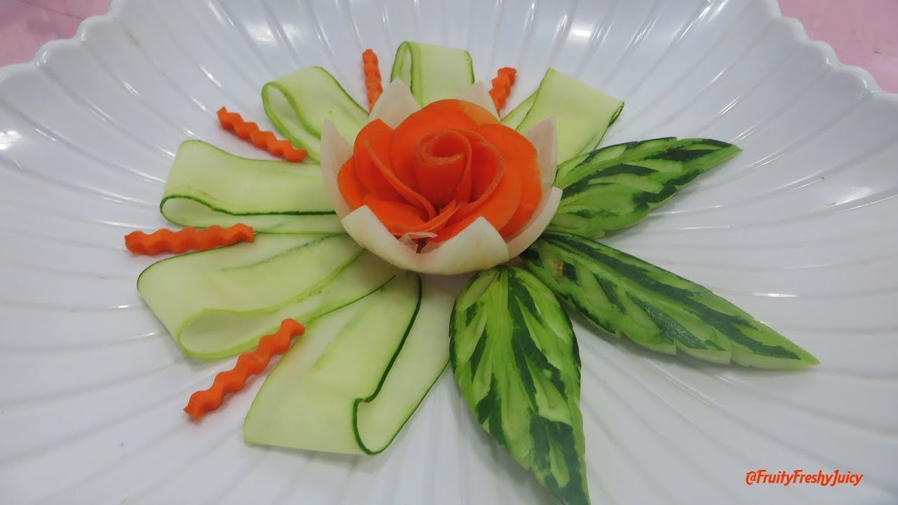 Attractive Vegetable Flower Designs with Carrot Butterfly Carving Garnish