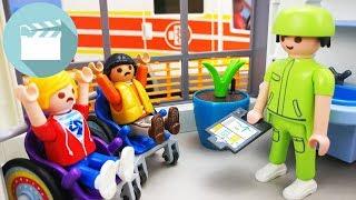 Playmobil Krankenhaus Film deutsch   Wer schläft im Babybett? - UMFRAGE   Playmobil Stories