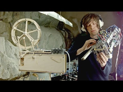 "Music Box & Modulin - 2 new music instruments (""All Was Well"" by Wintergatan)"