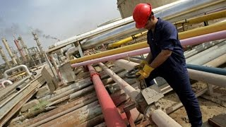 Oil Falls to Six-Year Low