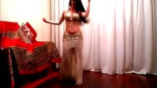 vuclip Nouran Habib   Iraqi Dance رقص عراقي