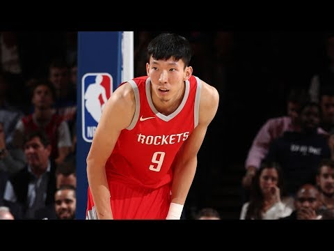 Rockets Rookie Zhou Qi Scores 15 Points in NBA G League Debut