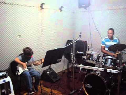 AULA STUDIO INSTITUTO MUSICAL