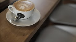 Juli liebt Kaffee - Gentlemen's Club Germany