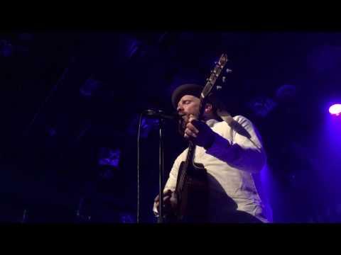 Alex Clare - Hold Yuh - Live at the Melkweg