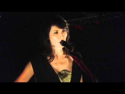 la grande sophie hano live au trianon le 26 novembre 2015. Black Bedroom Furniture Sets. Home Design Ideas