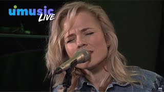Download Lagu Calum Scott & Ilse DeLange - You Are The Reason | Live bij Evers Staat Op Mp3